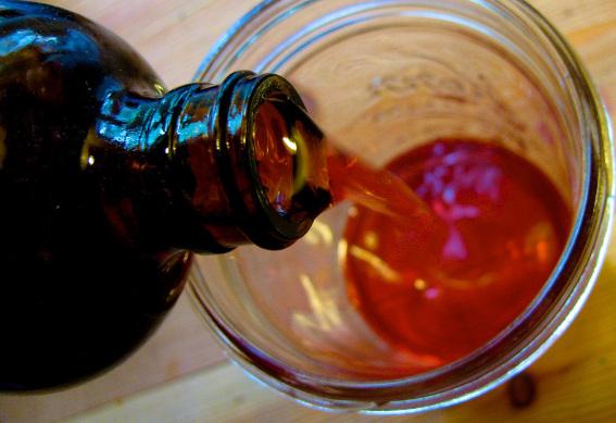 St-johns-wort-oil